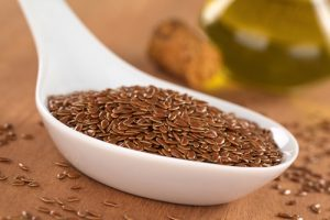 Flax seed contains omega-3 fatty acids, which support healthy hooves.